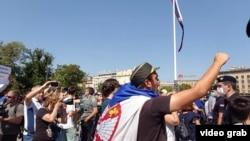 Protest ispred Skupštine Srbije za vreme konstitutivne sednice