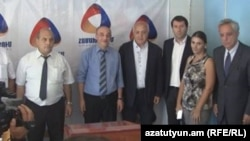 Armenia - Unity party members in Vanadzor, 26 Aug, 2016