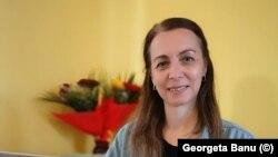 """Georgeta Banu este profesoară pentru învățământul primar la Școala Gimnazială """"Ovid Densușianu"""" din Făgăraș, județul Brașov."""