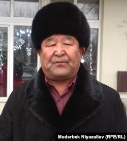 Манас Ыдырысов.