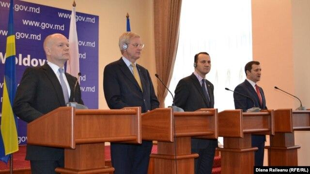 William Hague, Carl Bildt, Radoslaw Sikorski și Vlad Filat
