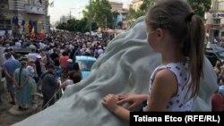 Protest la Chişinău împotriva deciziei de a nu valida alegerile