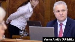 Mlađan Dinkić na jednoj od sednica vlade