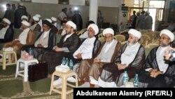 خطباء منابر ورجال دين يجتمعون في البصرة