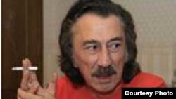 Народный артист Узбекистана, солист группы «Ялла» Фаррух Закиров.