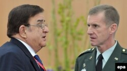 Slovakia -- US General Stanley McChrystal (R) with Afghan Defense Minister Abdul Rahim Wardak at an informal meeting of NATO defense ministers in Bratislava, 23Oct2009