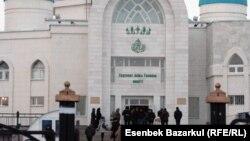 Сәдуақас қажы Ғылмани мешіті. Астана, 21 қаңтар 2011 жыл.