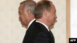 Ислом Каримов таклифи билан Тошкентга келган Владимир Путиннинг ташрифи ярим кунга ҳам чўзилмади.