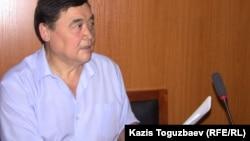 Правозащитник и журналист Рамазан Есергепов в зале судебного заседания Алматинского городского суда. 18 августа 2016 года.