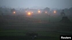 Индиски безбедносни пунктови на Кашмир.