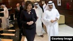 Presidentja e Kosovës, Atifete Jahjaga gjatë biseds me princin e kurorës se EBA-së, Sheikh Muhammed bin Zayed al Nahyan në Dubai