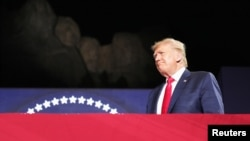 ԱՄՆ նախագահ Դոնալդ Թրամփը Անկախության օրվա տոնակատարությունները սկսեց Ռաշմոր լեռ այցելելով