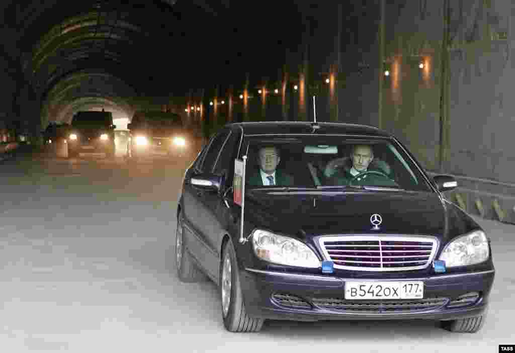 The president also has the use of a fleet of luxury cars.