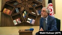 """عبدالله عبدالله رئیس اجرائیه حکومت وحدت ملی افغانستان حین مصاحبه با خبرگزاری """"ایافپی"""" در کابل. November 5, 2019"""