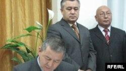 """Лидер """"Жаны Кыргызстан"""" И.Исаков"""