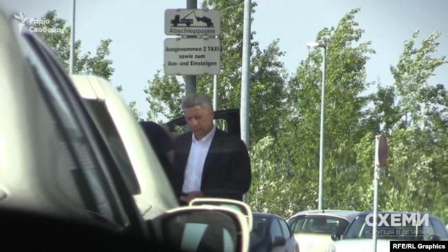 Юрій Бойко сів у «Мерседес», яким користується Фірташ