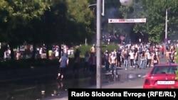 Демонстрация албанцев в Скопье (Македония) 4 июля 2014 года