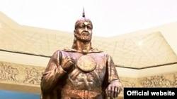 Статуя Темурмалика