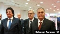De la stânga la dreapta: Nicolae Robu, Lazlo Tokes și Viktor Orban sosind la Timișoara. 15 decembrie 2019