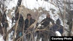 Migranti iz Pakistana i Avganistana na deponiji u Subotici, 8. februar 2012.