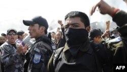 Полицейские – участники мятежа в Эквадоре