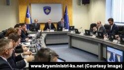 Pamje nga një mbledhje e Qeverisë së Kosovës.