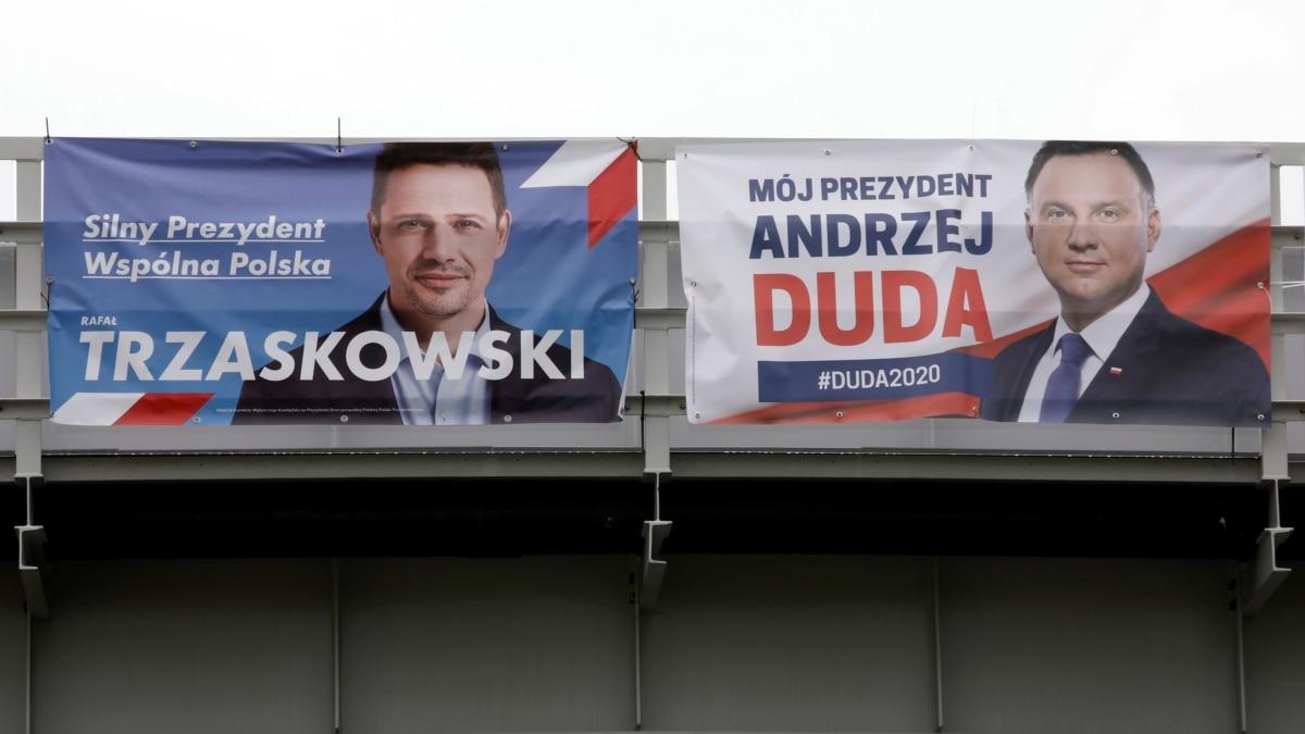 Экзит-полл: Дуда одержал на выборах президента Польши 50,4% голосов, Тшасковські – 49,6%