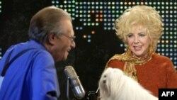 Лэры Кінг размаўляе з Элізабэт Тэйлар, Larry King Live, люты 2003 г.