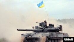Иллюстративное фото. Военные учения украинской армии в Харьковской области. Август 2016 года