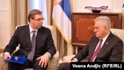 Aleksandar Vučić i Tomislav Nikolić na konsultacijama o vladi (maj 2016)