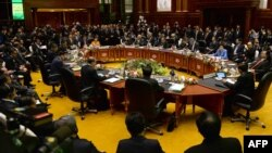 Зустріч у Брунеї, 9 жовтня