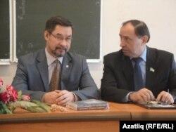 Ким Миңнуллин (с) һәм Раил Әсәдуллин