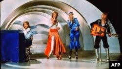 Швэдзкі гурт «АББА» зь песьняй «Waterloo» у конкурсе Эўрабачаньня ў 1974