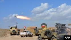 قوات نظامية ومن الحشد على الحدود بين ديالى وصلاح الدين، 2 آذار 2015.