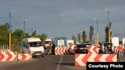 На административной границе с Крымом