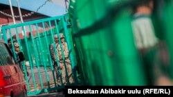 КПП на границе Кыргызстана.