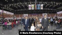 Arzu Əliyeva Şahmat olimpiadasında (bakuchessolympiad.com)