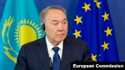 Казакстандын президенти Нурсултан Назарбаев