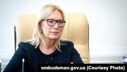 Людмила Денісова: черговий колонії на будь-які мої питання відповідає одне – «я доповім керівництву»