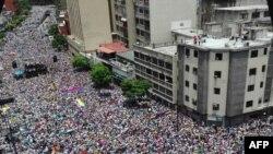 İndeksdə sonuncu yeri tutan Venesuela paytaxtı Karakas son illərdə antihökumət etirazlarına meydan olub