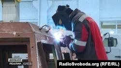 Цех «Практики», де також виробляють бронеавтомобілі