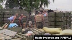 Блокпост під Слов'янськом: життя під кулями
