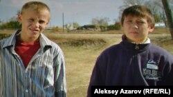 Фото с киноэкрана: дети-актеры в фильме «Однажды в детском доме». Алматы, 5 октября 2016 года.