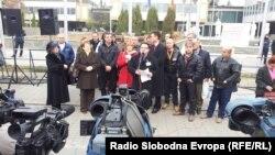 Од протестот на лекарите специјалисти од Клинички центри пред Владата.