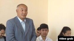 Представитель министерства сельского хозяйства Сабит Кабиев в суде.