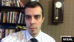 Шеф-редактор російського видання The Insider Роман Доброхотов пояснює, що Патрушев вважається в Росії другою людиною після Путіна серед силовиків