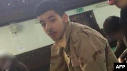 Манчестердеги чабуулду жасаган жанкечти Салман Абеди. (Сүрөт Фейсбуктан алынган)