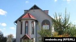 Дом, у якім жыве Натальля Старыкава.
