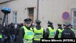Чехия полициясы (Көрнекі сурет).