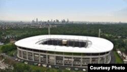 С виду стадион во Франкфурте мало чем отличается от обычных арен. Сразу и не догадаешься, какую пользу приносит он окружающей среде.